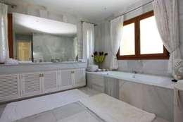 حمام تنفيذ Bernadó Luxury Houses