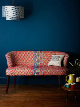 Cumatz Sofa: eclectic Living room by A Rum Fellow