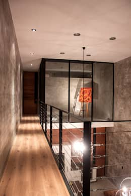 Household by Desnivel Arquitectos