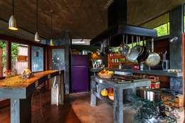 Projekty,  Kuchnia zaprojektowane przez Ferraro Habitat
