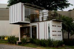 Loft-Container  20': Casas minimalistas por Ferraro Habitat