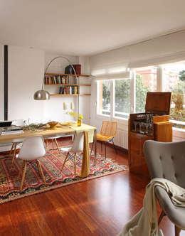 Salle à manger de style de style Scandinave par BONBA studio