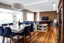 Tikkanen arquitetura: modern tarz Yemek Odası