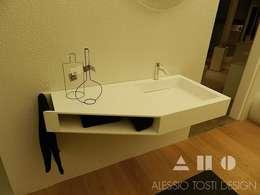 Lavabi 618®: Bagno in stile in stile Moderno di ALESSIO TOSTI DESIGN