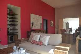 Salas / recibidores de estilo moderno por Erika Winters® Design
