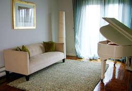 غرفة المعيشة تنفيذ Erika Winters® Design