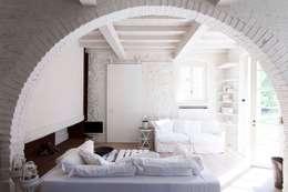 Habitaciones de estilo rústico por Architetto Silvia Giacobazzi