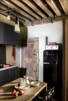 Paris I: Cuisine de style de style Industriel par dmesure