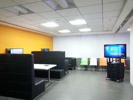 M/s. Groupon India Ltd: classic Living room by Quadrantz Consultants
