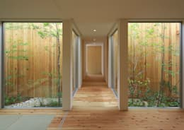 Corridor and hallway by arbol
