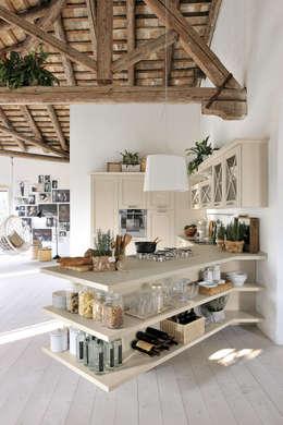 klasieke Keuken door Studio Ferriani