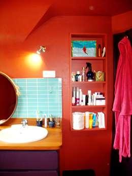 eclectic Bathroom by la menuis'