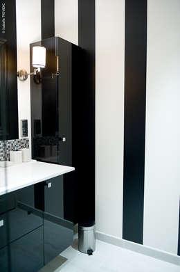 modern Bathroom by COULEUR DE VIE Coaching Déco
