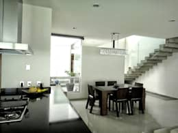 modern Dining room by Abraham Cota Paredes Arquitecto