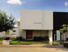 Casa Zaragoza: Casas de estilo moderno por Abraham Cota Paredes Arquitecto