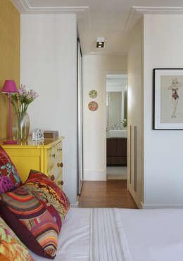 Chambre de style de style Tropical par Lore Arquitetura
