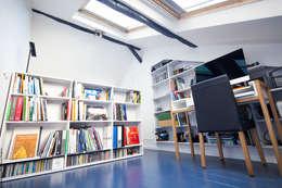 Гостиная в . Автор – Solenne Brugiroux Architecte