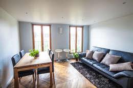 Duplex Lumineux: Salon de style de style Moderne par Solenne Brugiroux Architecte