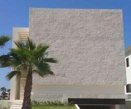 Casa Puerto Escondido Lt 80: Casas de estilo minimalista por Vortex Arquitectos