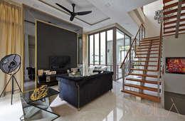 Chancery Lane: modern Living room by VOILÀ Pte Ltd