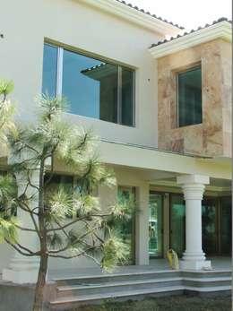 32 dise os de ventanas que har n que tu casa se vea fant stica for Interior y exterior en ingles