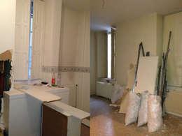 Appartement dans quartier historique de Dijon: Salle de bains de style  par Kreatitud Deco Design