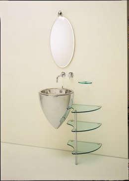 : Salle de bain de style  par L'Atelier 1 point 1