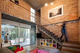Casa Brisas:  de estilo  por Garza Camisay arquitectos