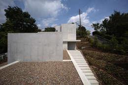 外観: TOMOAKI  UNO  ARCHITECTSが手掛けた家です。