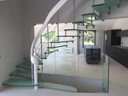 Projekty,  Korytarz, hol i schody zaprojektowane przez Passion Bois