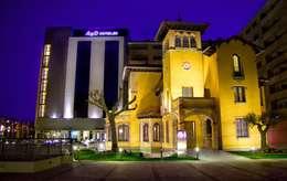 Hôtels de style  par ARQUIGESTIÓN ARAGÓN S.L.P.