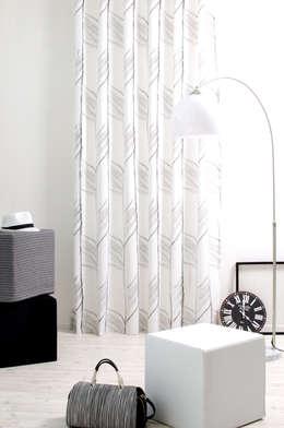 Zag 7087-35: moderne Wohnzimmer von Indes Fuggerhaus Textil GmbH