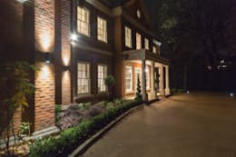 modern Houses by Flairlight Designs Ltd