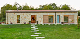 rustic Houses by HUGA ARQUITECTOS