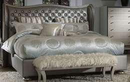 Projekty,  Sypialnia zaprojektowane przez Royz Furniture