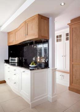 classic Kitchen by Designer Kitchen by Morgan
