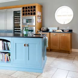 Oak and hand painted kitchen with Island: classic Kitchen by Christopher Howard