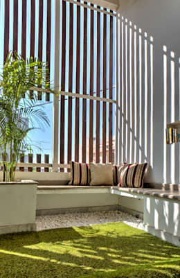 Courtyard: modern Houses by Studio An-V-Thot Architects Pvt. Ltd.