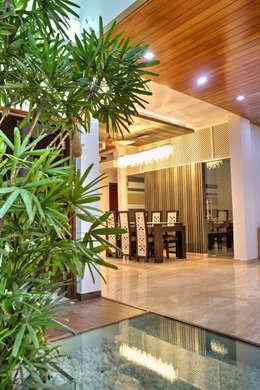 Projekty, nowoczesne Domy zaprojektowane przez Studio An-V-Thot Architects Pvt. Ltd.