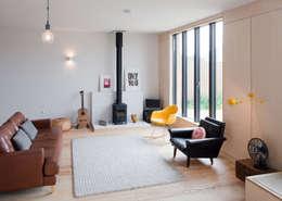 Salas de estilo escandinavo por MailenDesign