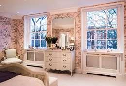 Projekty,  Salon zaprojektowane przez Overmantels