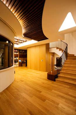 Corridor and hallway by GIP