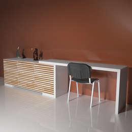 mobilier FOLLOW: Maison de style  par SV DESIGN