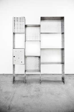 Libreria PRIMA versione acciaio naturale: Studio in stile in stile Industriale di Officine Tamborrino
