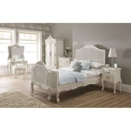 Homesdirect365: klasik tarz tarz Yatak Odası
