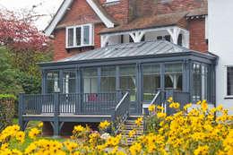 Jardin d'hiver de style  par Vale Garden Houses