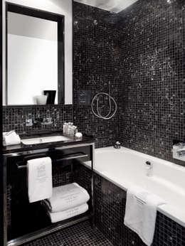 Small Leading Hotel Villa am Ruhrufer: ausgefallene Schlafzimmer von m-moebeldesign