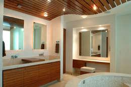 PH B Las Nubes: Baños de estilo  por ARCO Arquitectura Contemporánea