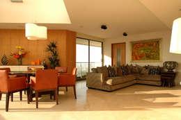 Salas de estar  por ARCO Arquitectura Contemporánea