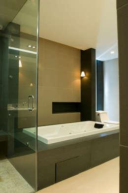 Departamento Vertientes : Baños de estilo  por ARCO Arquitectura Contemporánea
